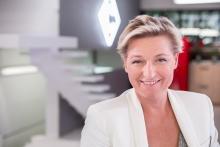 Anne-Elisabeth-Lemoine-2