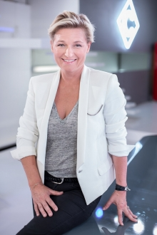 Anne-Elisabeth-Lemoine-3